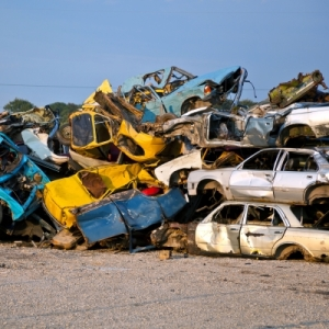ID-10097768-car wreck